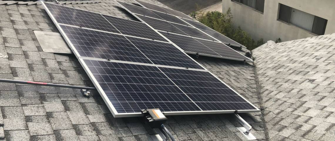 Residential Solar Panel Array in Los Angeles CA