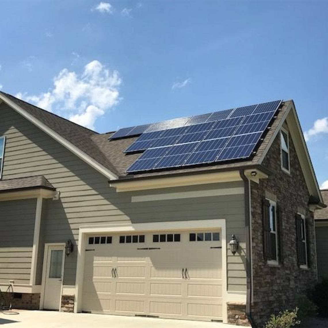 Solar Panel Installation In Knightdale Nc Greensolartechnologies